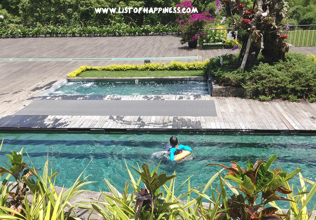 kolam renang anak padma