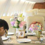 Rumah Kayu : Makan di dalam Kabin Pesawat
