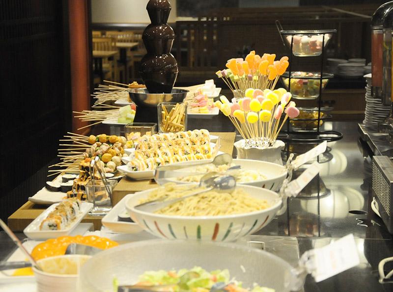 kushiya Monogatari Dessert & sushi