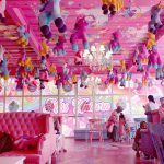 Mengunjungi cafe penuh dekor Unicorn di Jakarta